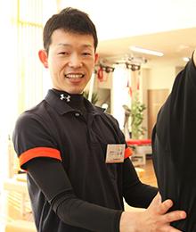 山崎 徹 資格:理学療法士、NSCA-CPT 日本体育協会公認アスレティックトレーナー